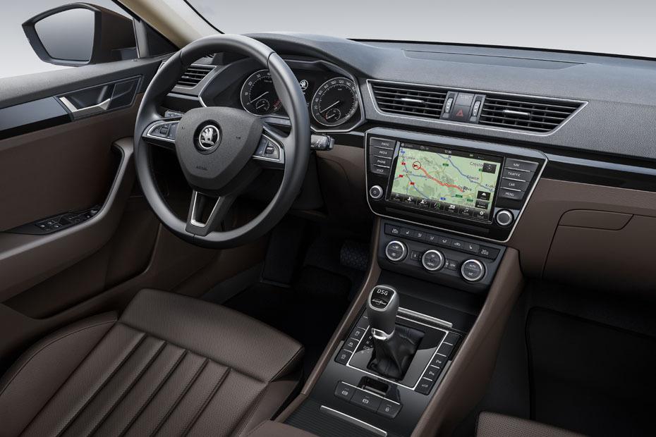 Bild 1 / 15 - Autos - Skoda Superb 2015: Erste Bilder vom Innenraum ...