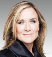 Apple Store-VP Angela Ahrendts